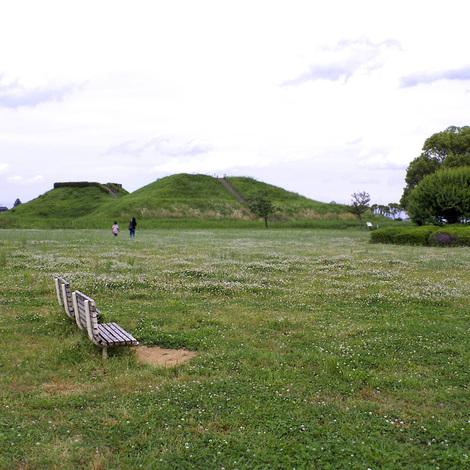 さきたま古墳公園2.jpg