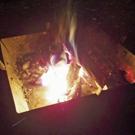 焚き火キャンプ.jpg